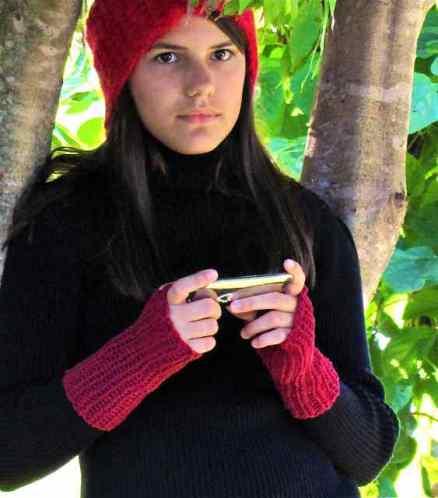 Stretchy Slip Stitch Crochet Fingerless Mitts Pattern: Onefellswoop by Vashti Braha