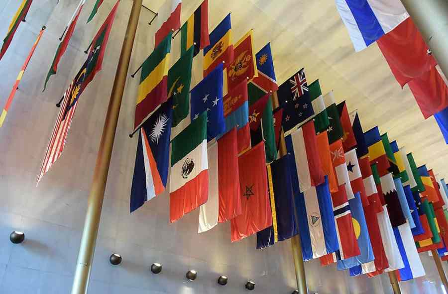 kennedy-center-flags