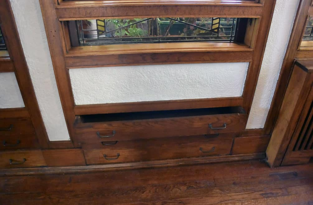 Robie House built-in drawers