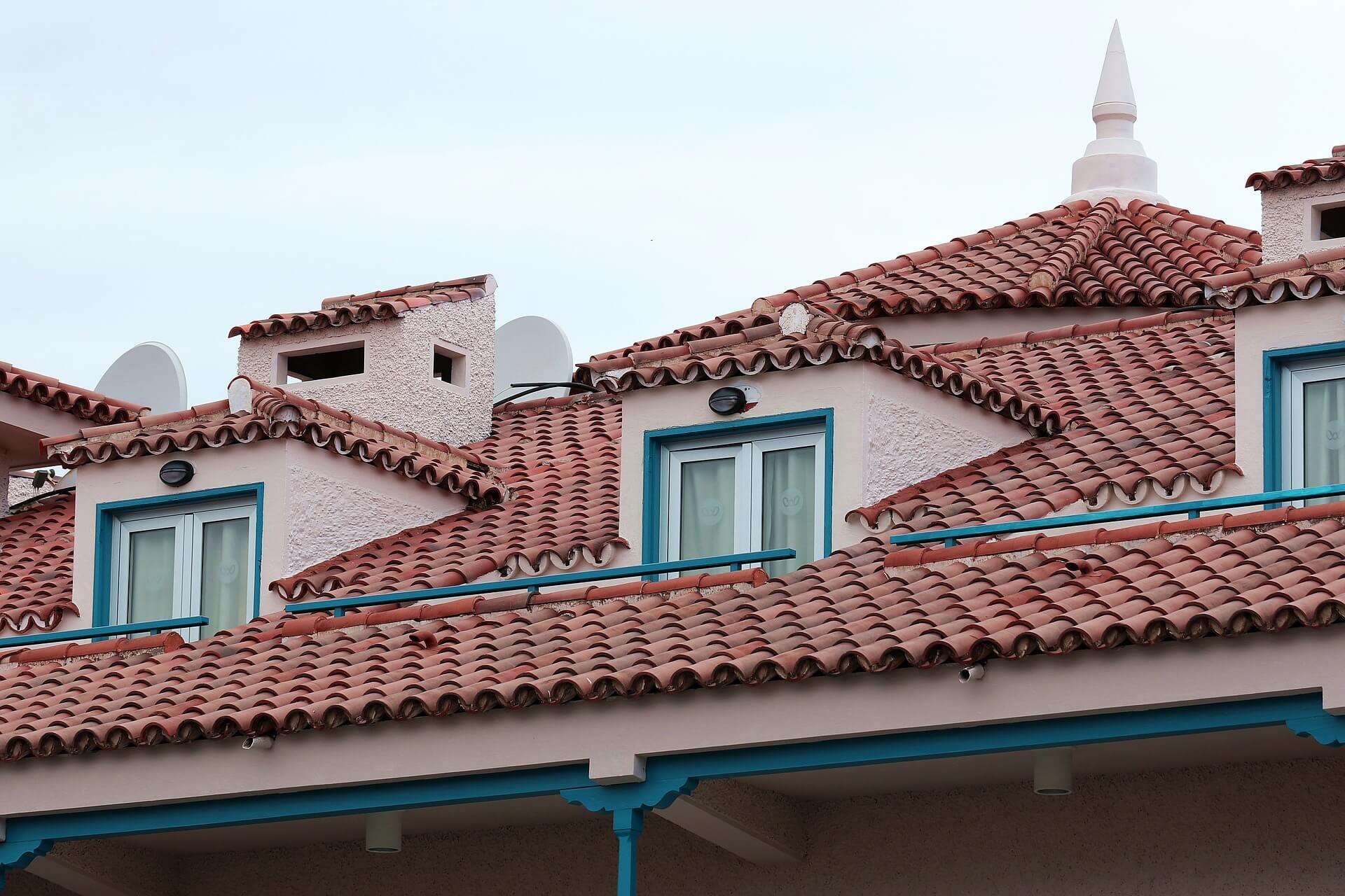 Dangers Of A Leaking Roof Interior Design Design News