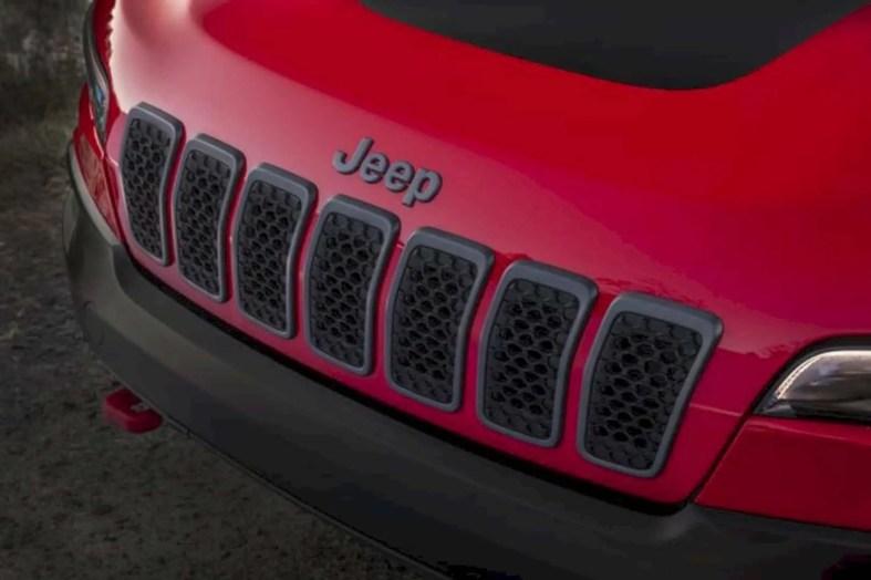 2019 New Jeep Cherokee 7
