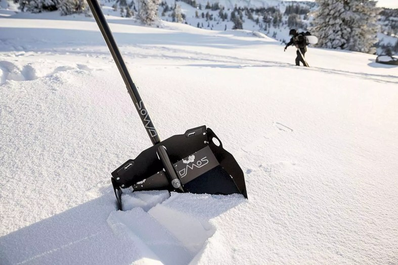 DMOS Collective Alpha Snow Shovel 1
