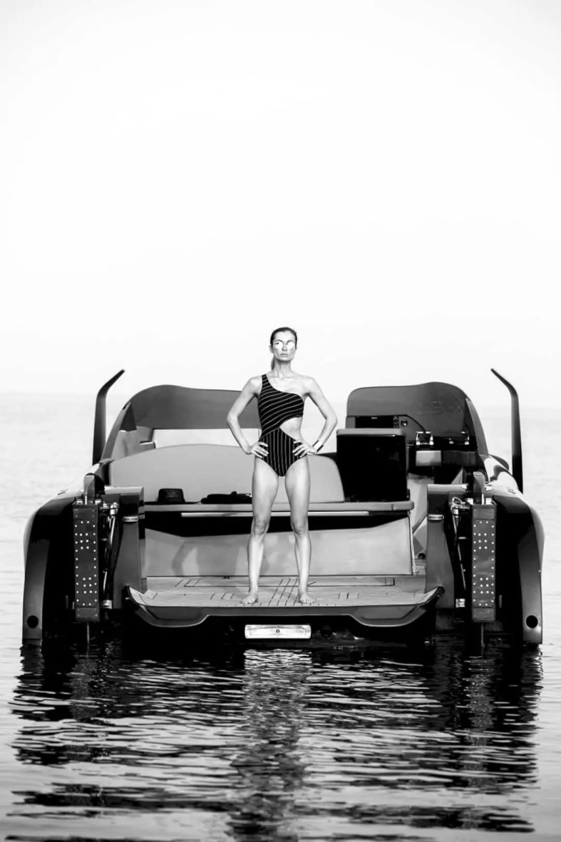 FOILER Boat 3