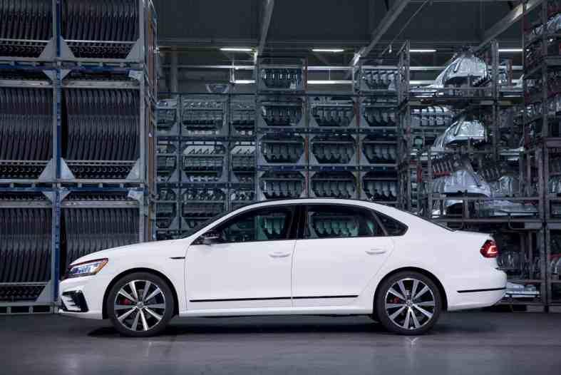 The New 2018 Volkswagen Passat Gt 2