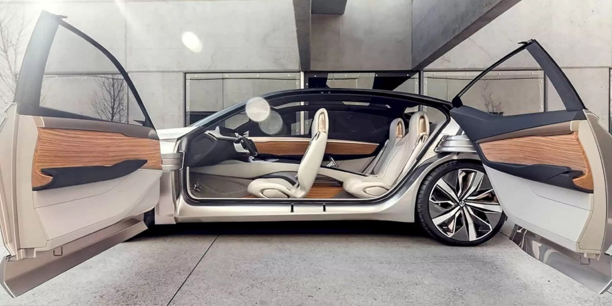 Nissan VMotion 2.0: The Ultimate Glimpse Into The Future of Nissan Sedan