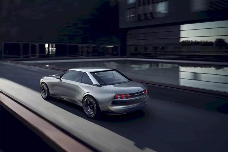 Peugeot E Legend Concept 11