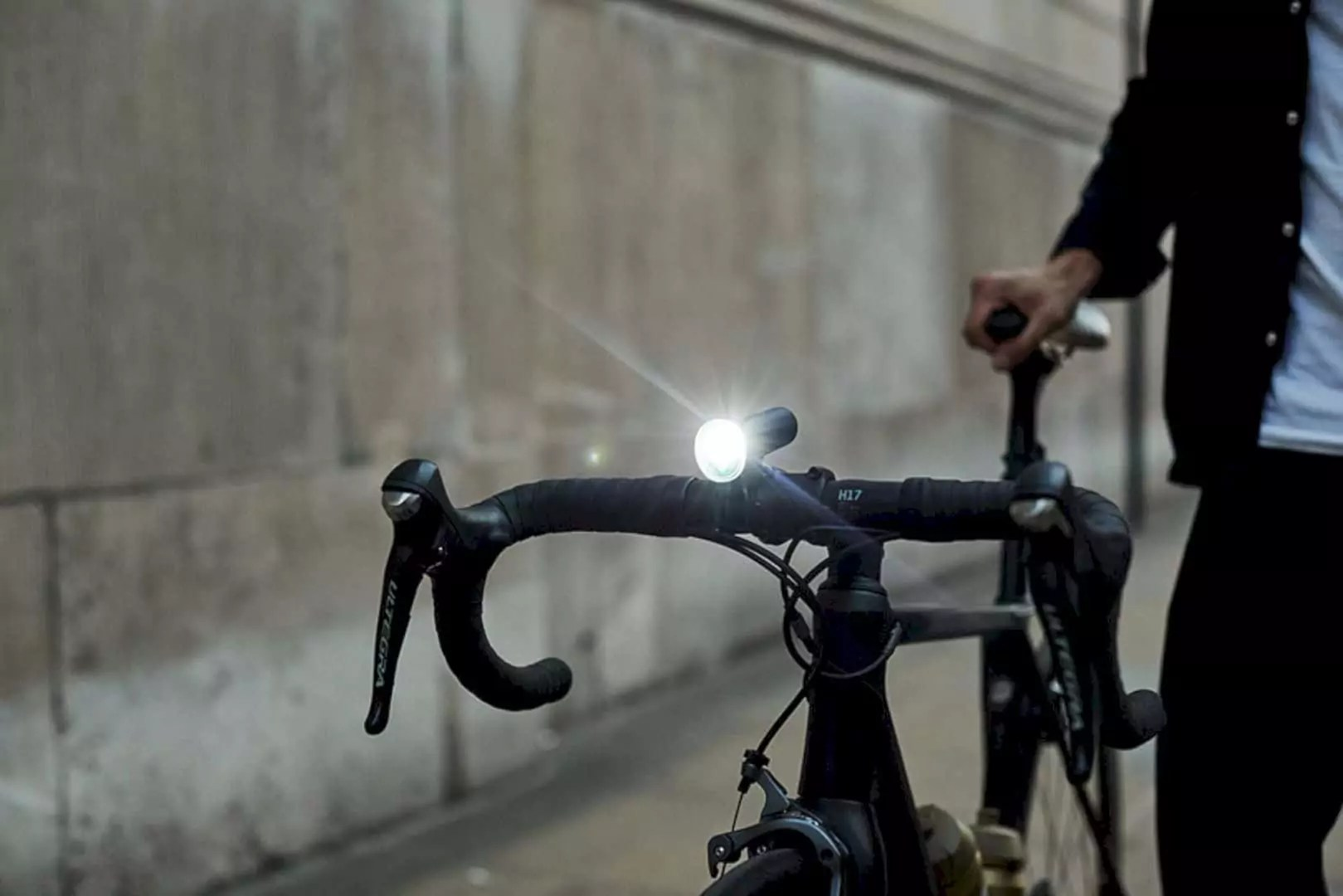 Laserlight Core: Projection Bike Light to Ensure Safer Cycling