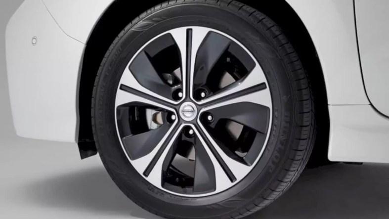 Nissan Leaf E 7