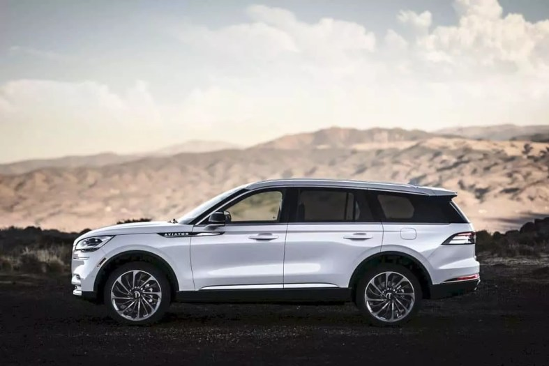 All New 2020 Lincoln Aviator 2