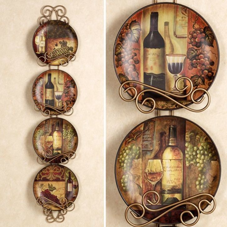 Grapes And Wine Kitchen Decor