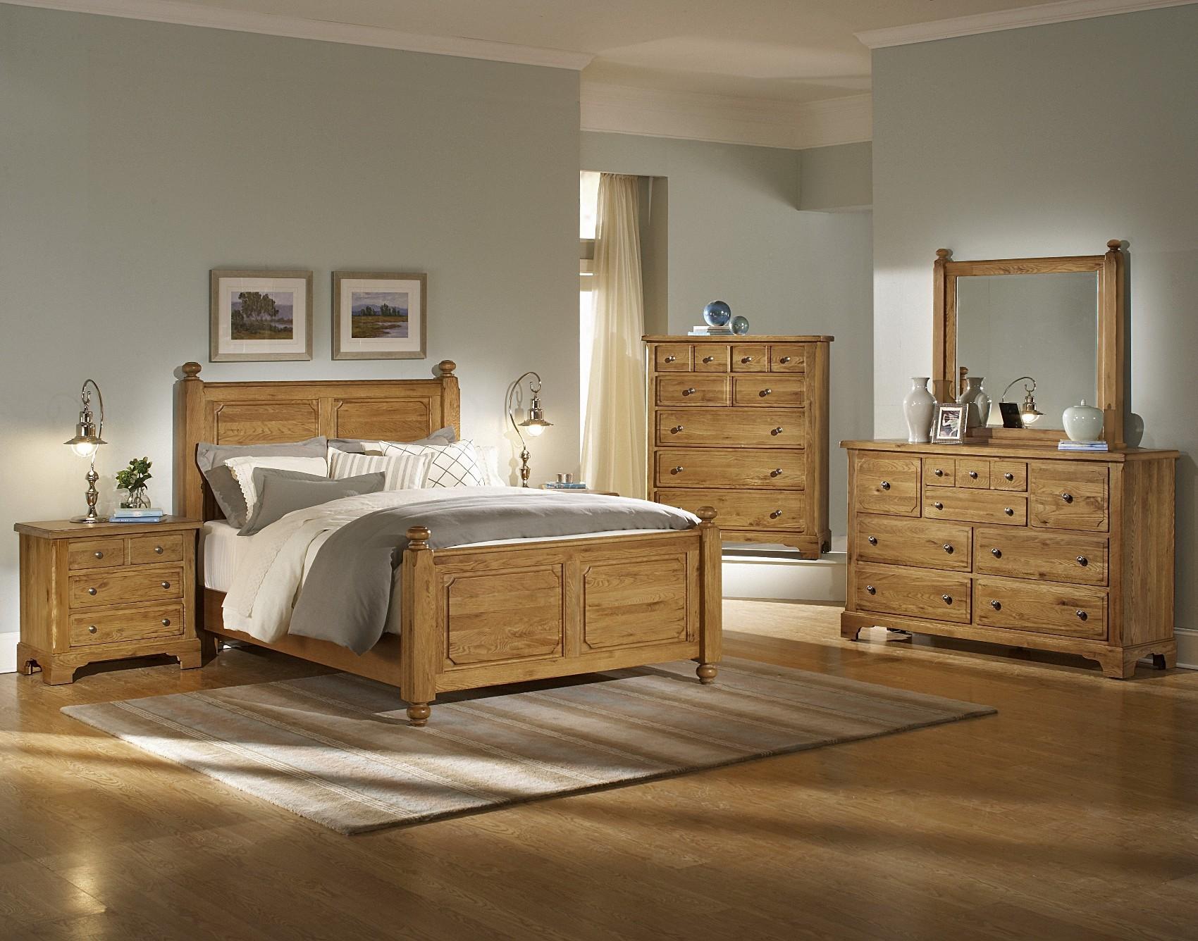 picture of bedroom decorating ideas with wood furniture design on vine rh designonvine com Rustic Bedroom Decorating Ideas with Wood Bedroom Decorating Ideas with Wood Wall