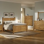 Picture Of Bedroom Decorating Ideas With Wood Furniture