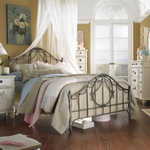 Shabby-chic style bedroom ideas