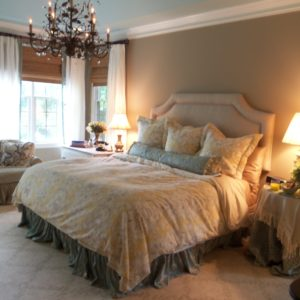 Romantic shabby chic bedroom decorating ideas