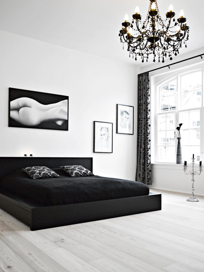 bedroom decorating ideas using black furniture