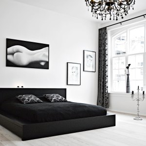 bedroom decorating ideas using black furniture