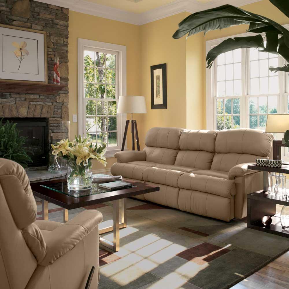 Warm living room decoration