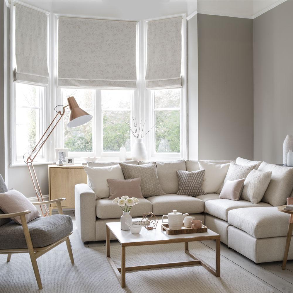 living room design accessories