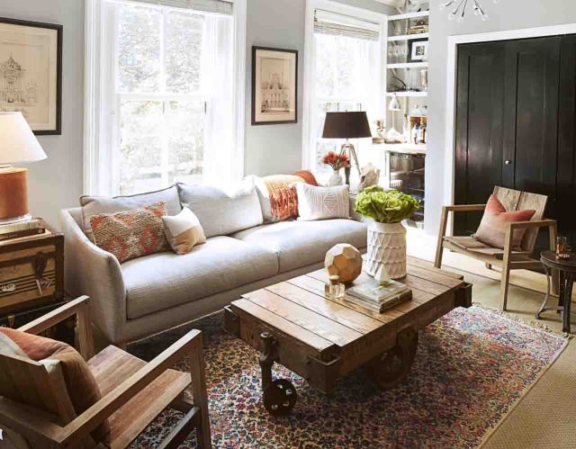Photo accessories in living room