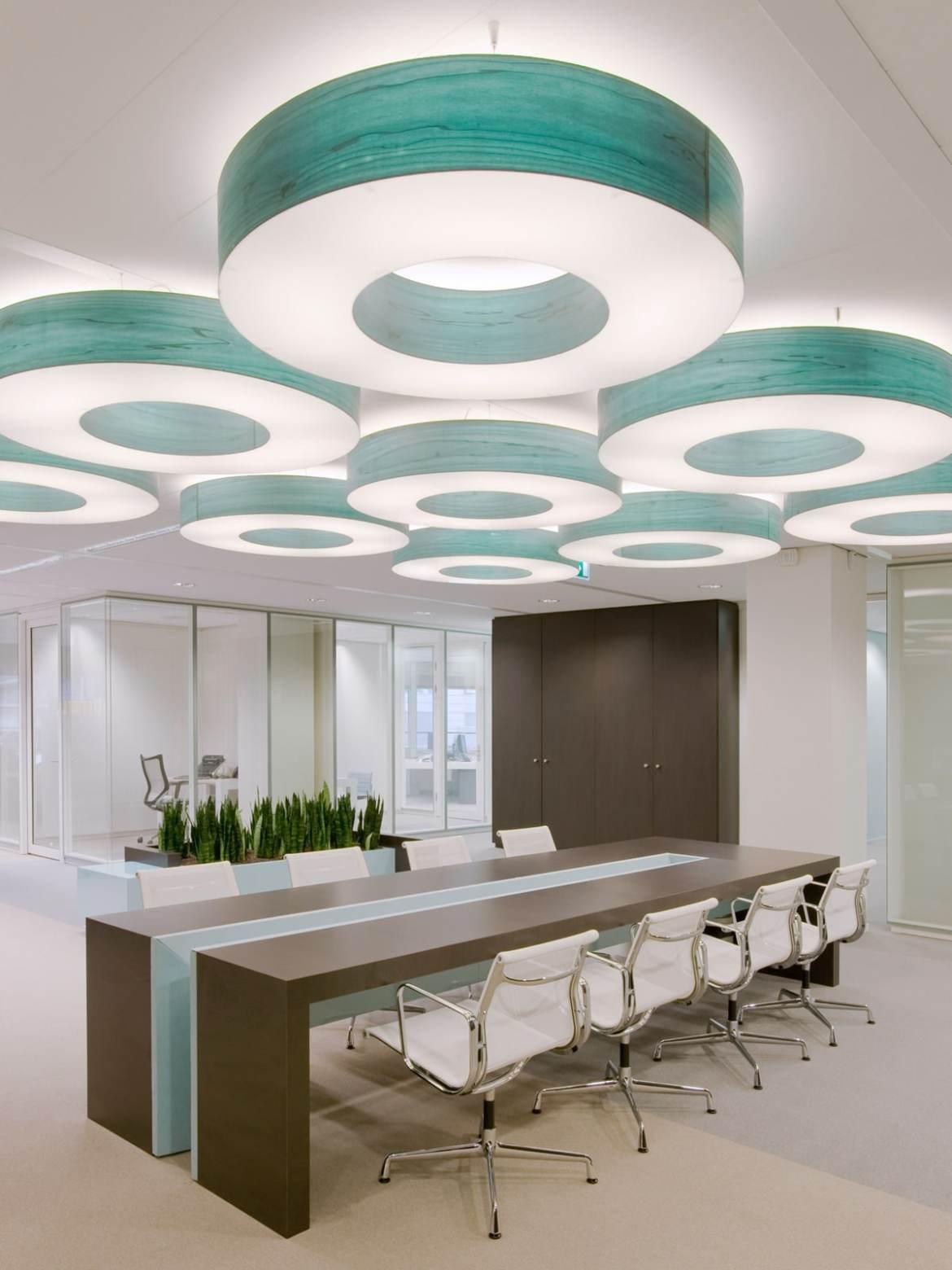 DesignOrt Blog: Faszination Farbe: Holzfurnier von LZF Lamps Saturnia