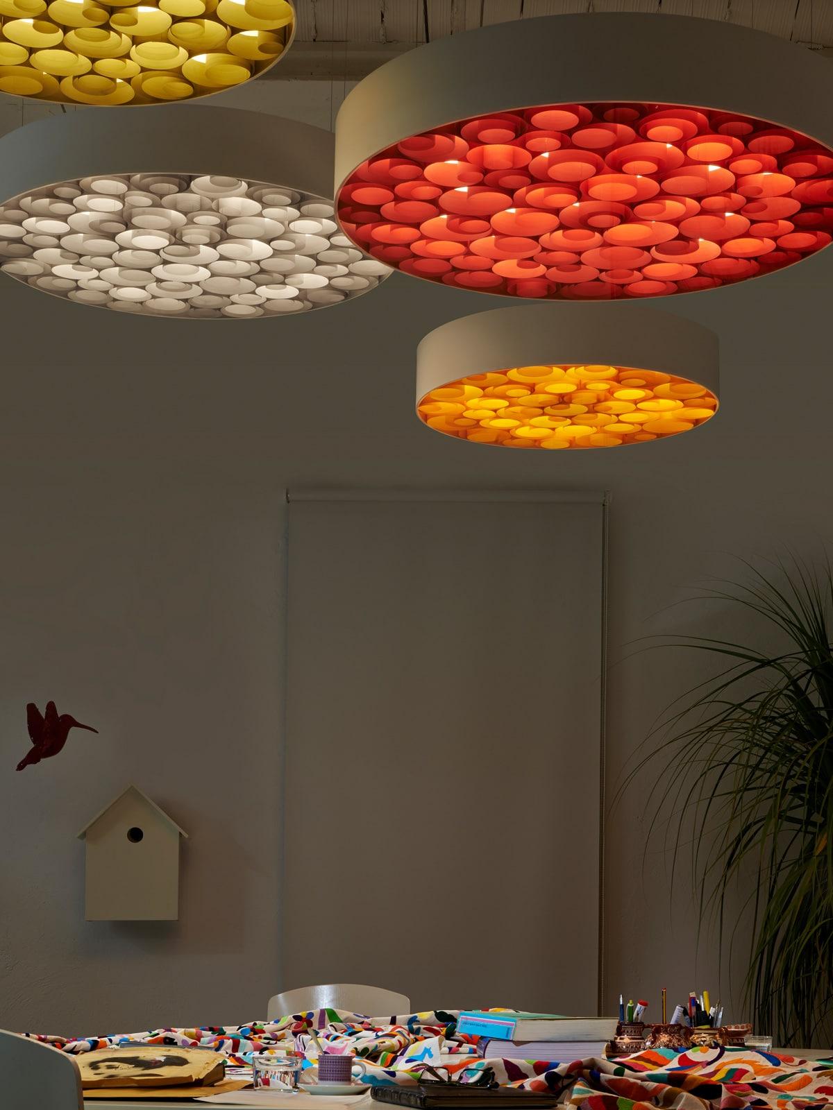 spiro white lampen leuchten designerleuchten online berlin design. Black Bedroom Furniture Sets. Home Design Ideas