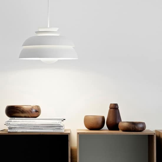 Chill-Table-Schwarz-Deko-office-Frandsen-Lampe-Designort