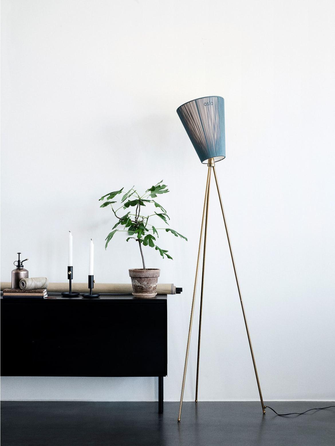 Wohnidee: Klassische und weniger klassische Deckenfluter - Lampen ...