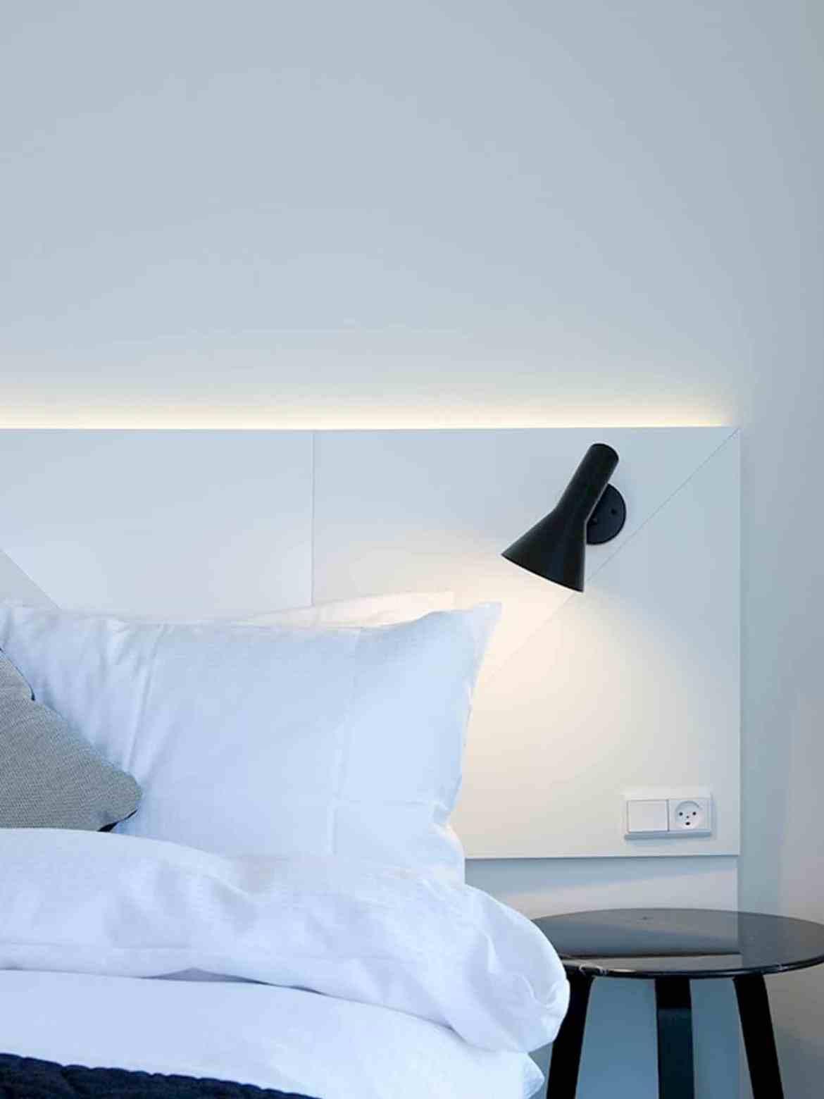AJ Wandleuchte schwarz zur Schlafzimmerbeleuchtung