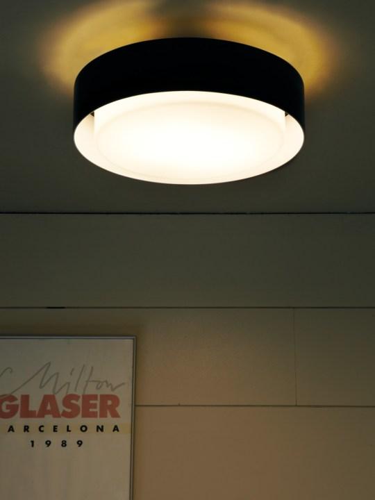 Deckenleuchte Marset Plaff-On! LED im Raum
