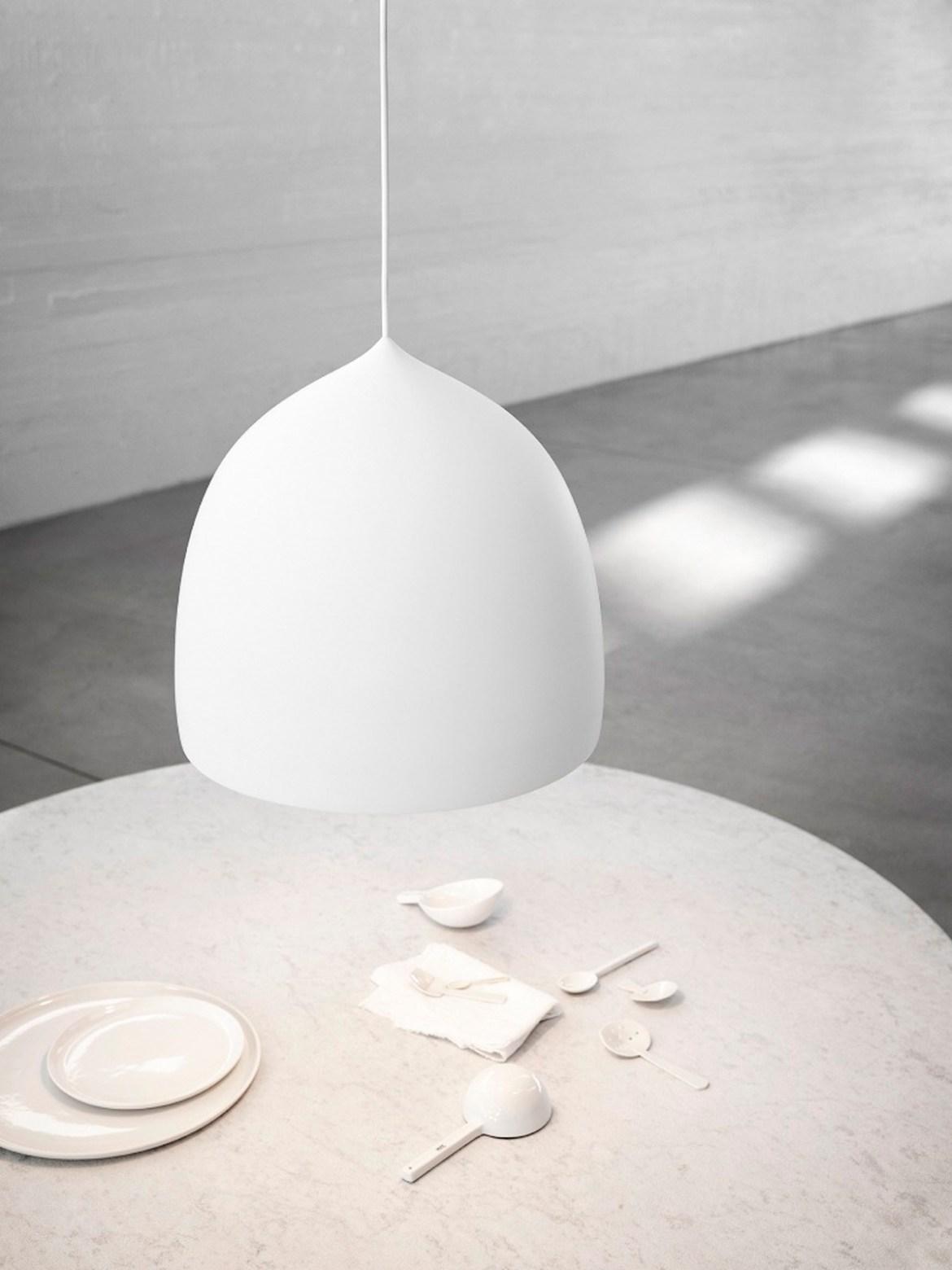 Suspense P2 weiss über Tisch als Küchenlampe