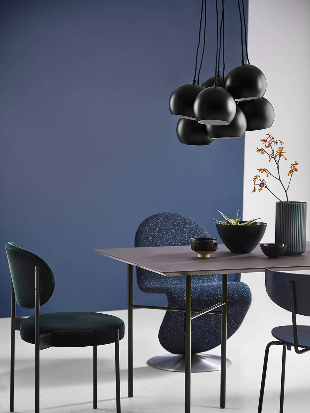 ball multi lampen leuchten designerleuchten online. Black Bedroom Furniture Sets. Home Design Ideas