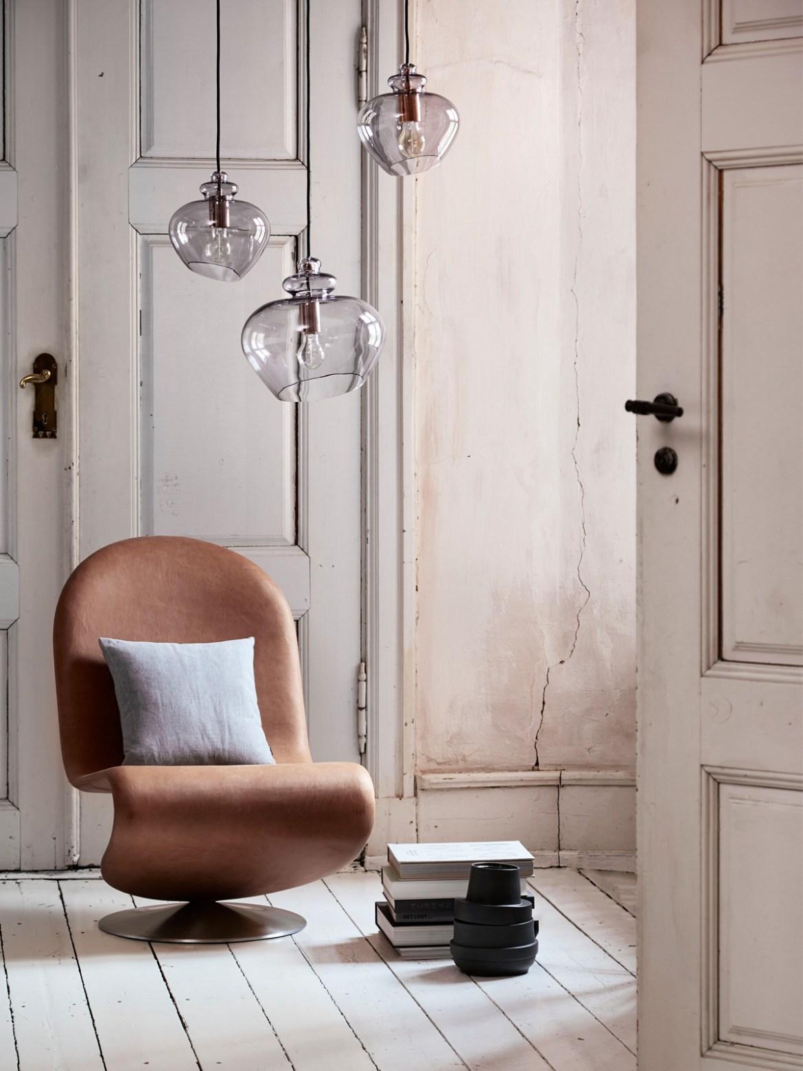 DesignOrt Blog: Leseleuchten Frandsen Glaslampe Grace bei DesignOrt Berlin