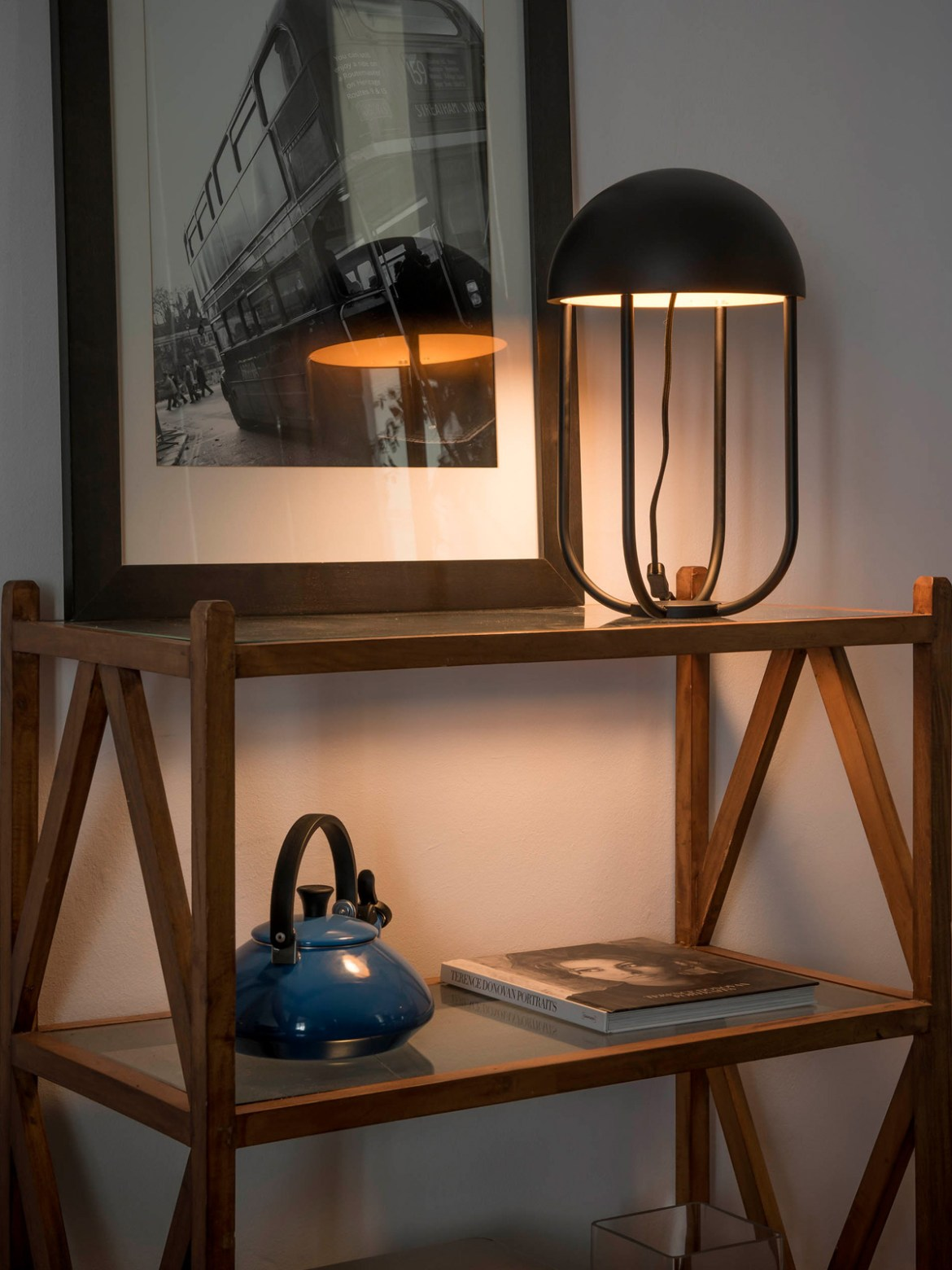 DesignOrt Blog: Designer im Portrait: Nahtrang LED Tischlampe Jellyfish Faro spanisches Design
