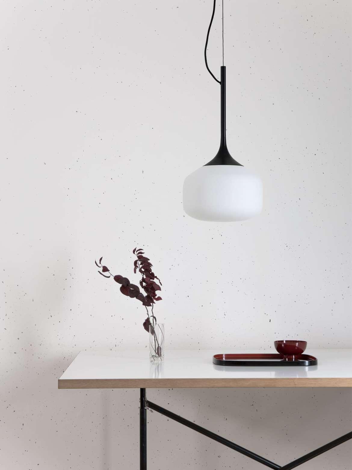 DesignOrt Blog: Asiatisches Design trifft auf Europa Awa Pendel Lampe TEO