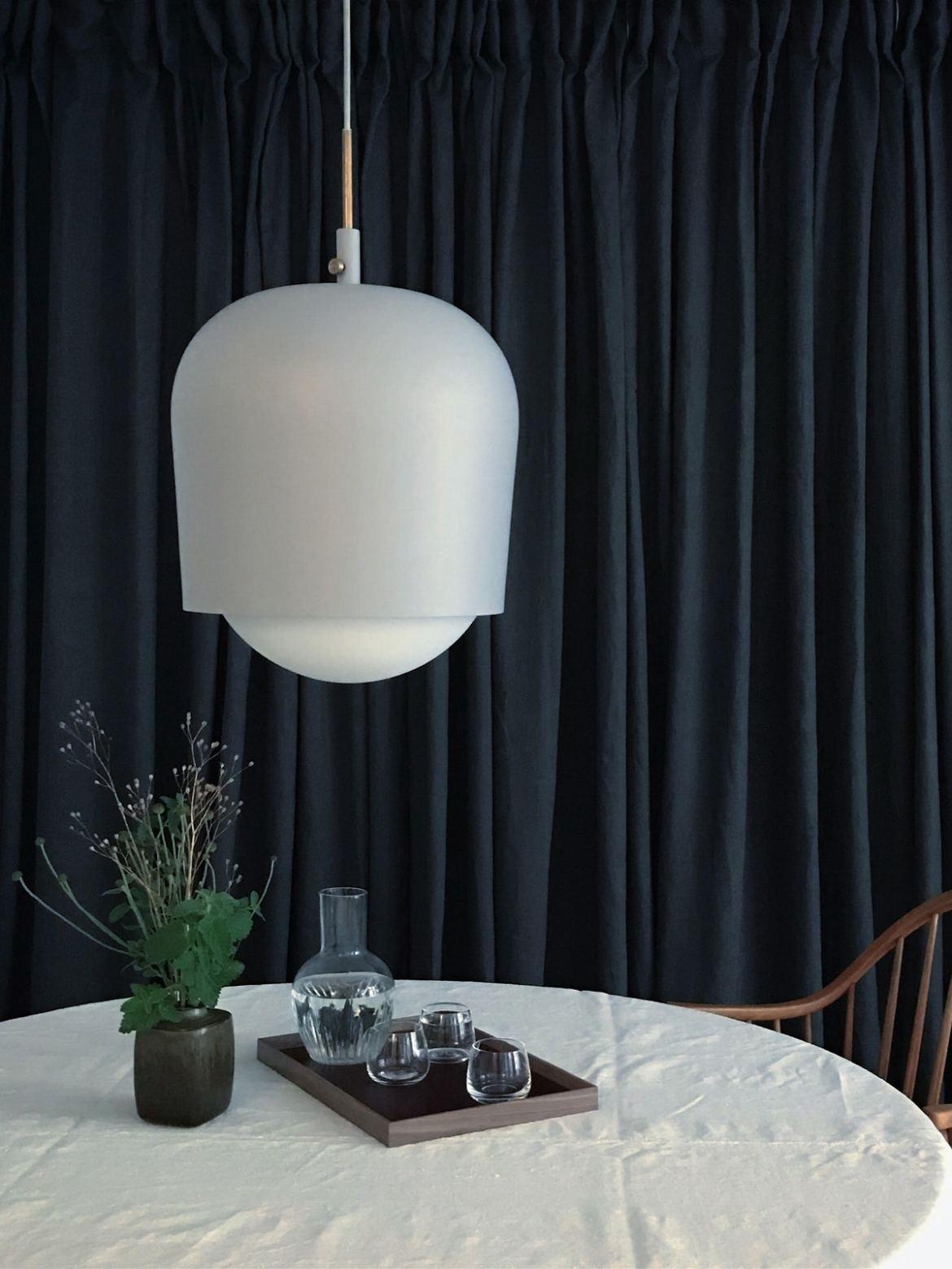 DesignOrt BLog: esstischleuchten Pendel Lampe Blind Lamp manuel dimmbar munk collective