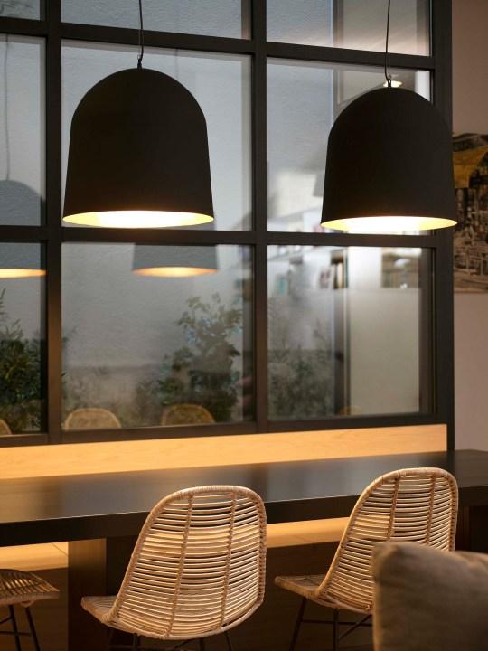 Faro Crater Lampe Schwarz und Gold Design