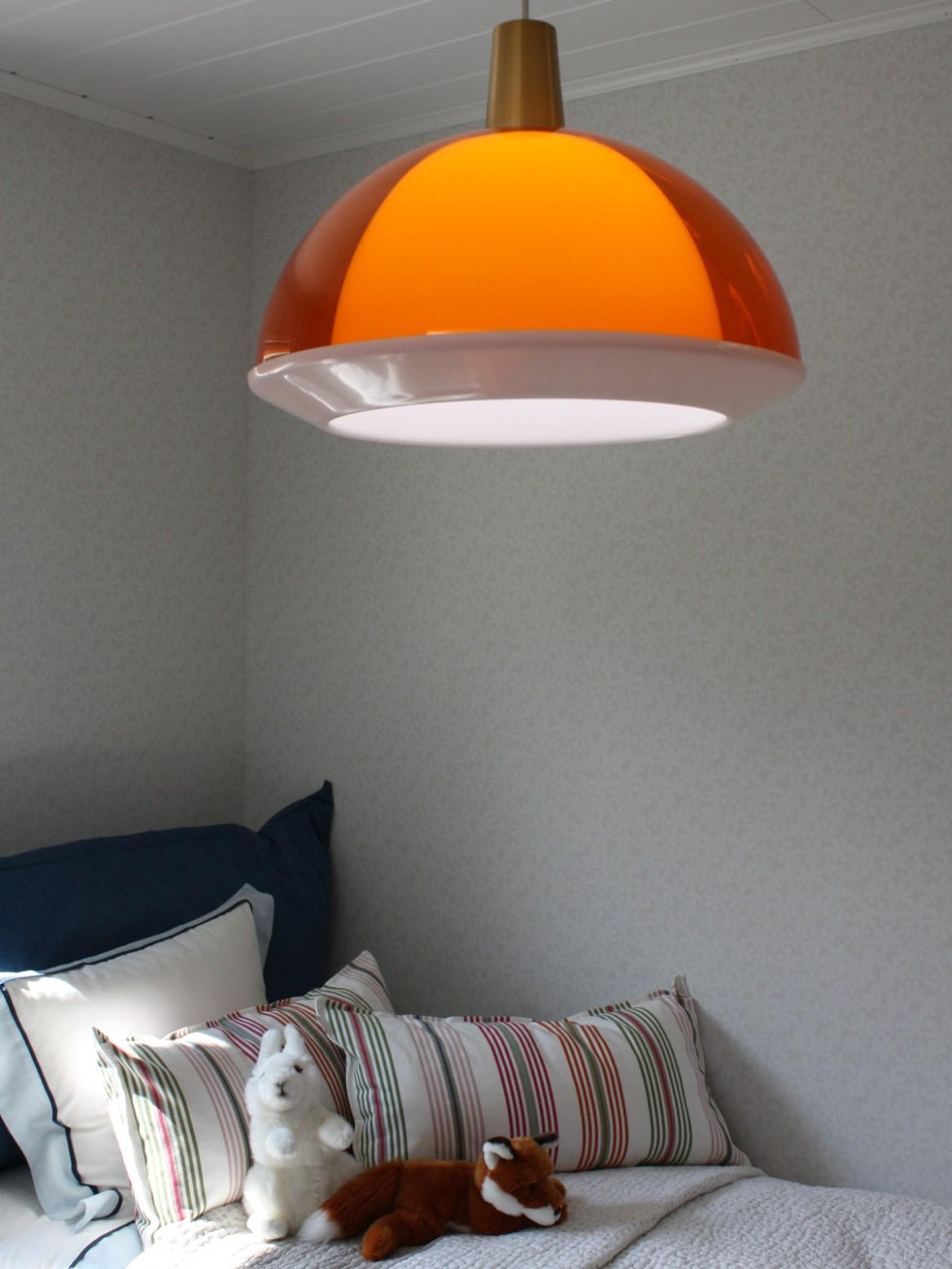 DesignOrt Blog: farbenfrohe Leuchten Kuplat Pendelleuchte Innolux finnisches Design