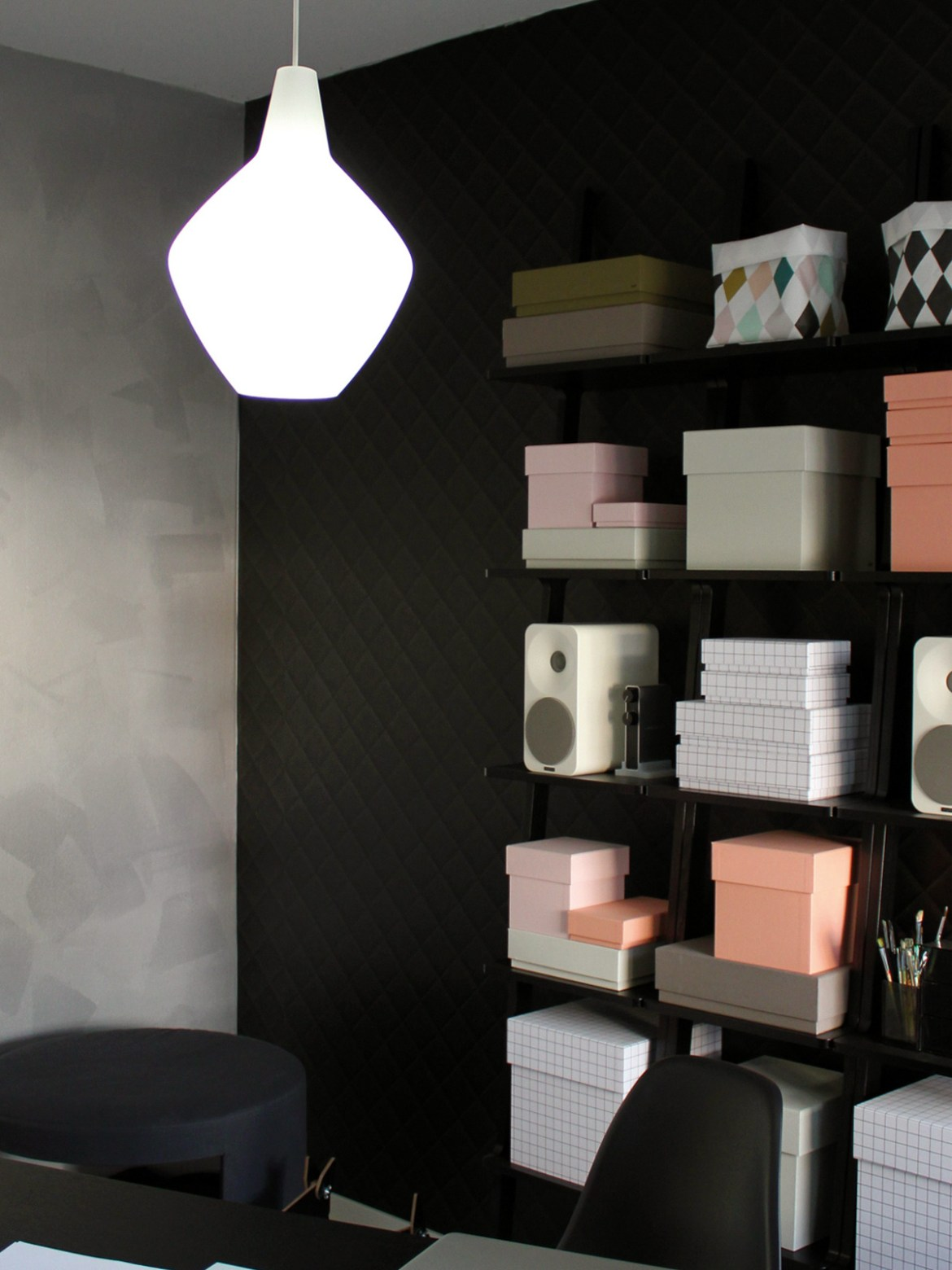 DesignOrt Blog: Designer im Portrait: Lisa Johannson-Pape Orno Innolux Lampe Sipoli aus Opalglas