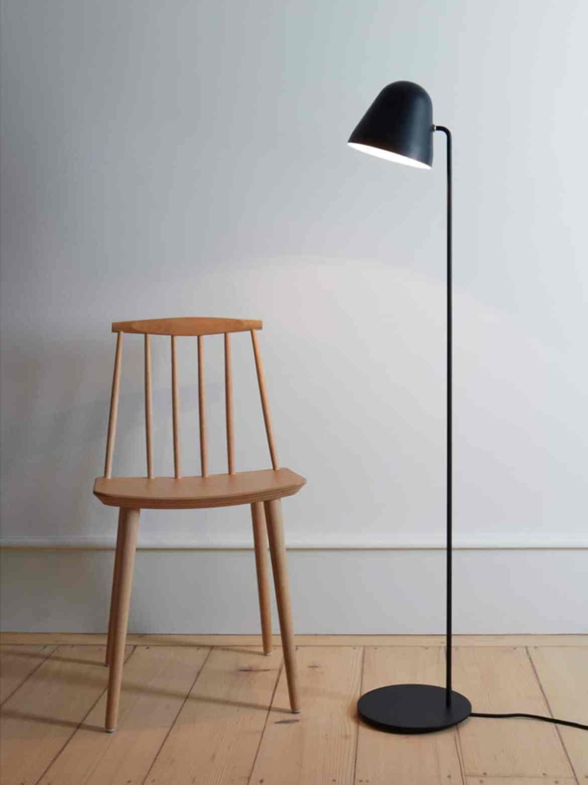 DesignOrt Blog: Trend: Schwarze Leuchten NYTA Stehleuchte Tilt S Floor komplett Schwarz