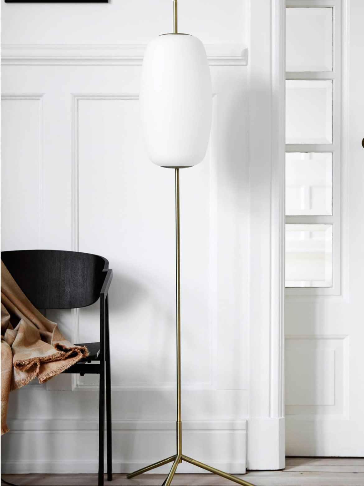 DesignOrt Blog: Neue Stehleuchten bei DesignOrt Frandsen Stehleuchte Silk F Floor