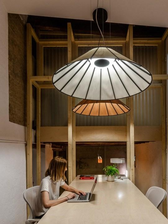 Banga Holzleuchte LZF Lamps DesignOrt