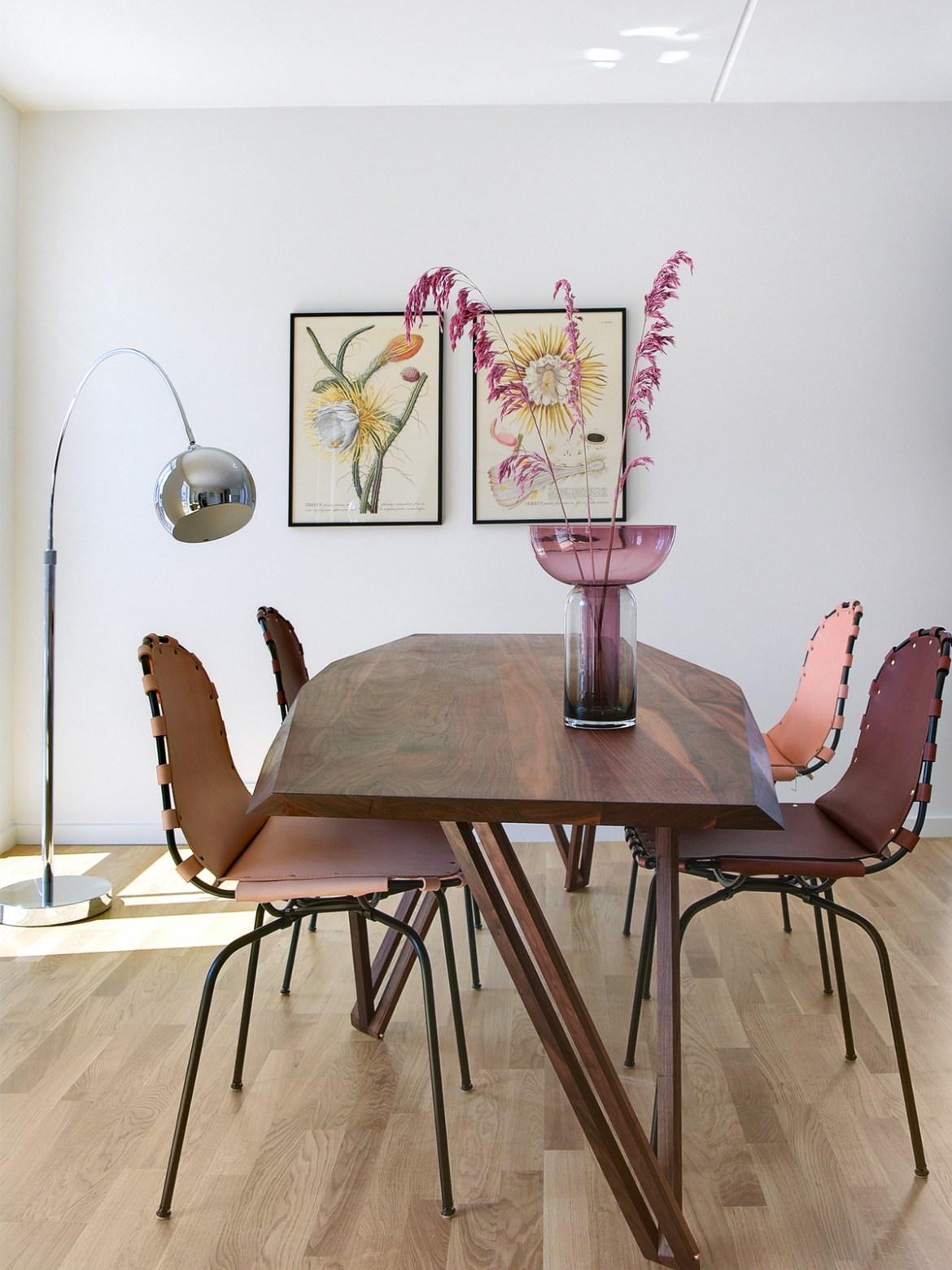 DesignOrt Blog: Bogenleuchten Lounge Mini Bogenleuchte Bogenlampe von Frandsen in Chrom