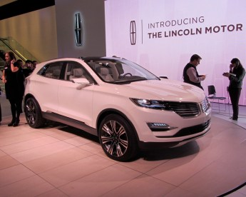 06- Lincoln MKC-1