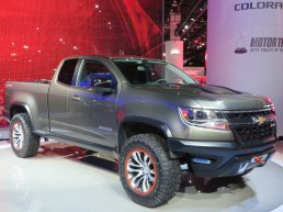 CHEVY COLORADO - 001