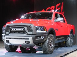 DODGE RAM REBEL - 001