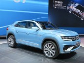 VW CROSS-COUPE - 002