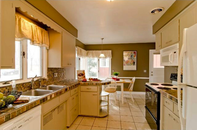 Existing-House-Kitchen-1