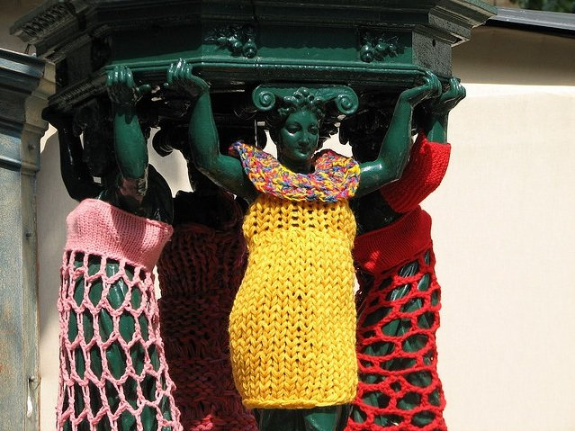 Yarn_Bombing_designplayground_19