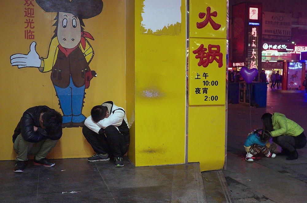 Liu_Tao_street-photo-designplayground-24