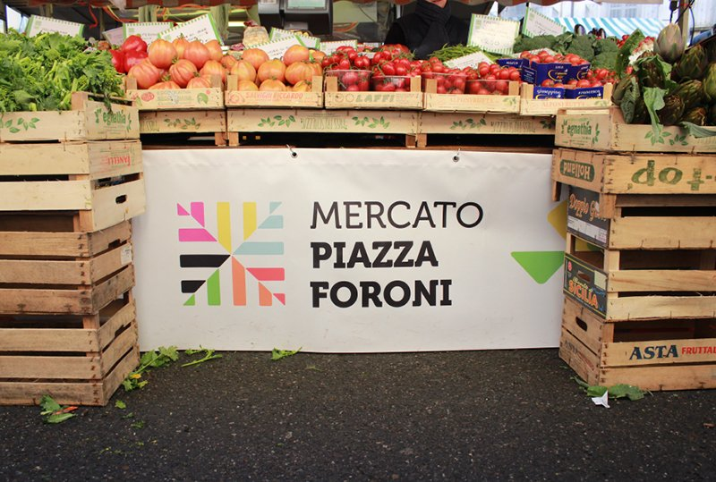 Mercato pza Foroni_quattrolinee -10